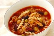 鮭の中骨缶と豆のトマト煮