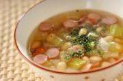 大豆とソーセージのスープ