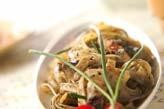 豆腐の黒ゴマパスタ
