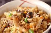 玄米キノコ炊き込みご飯
