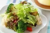 シンプル野菜サラダ