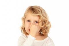 子どもの臭いが気になる! うちの子の汗や口臭対策まとめ