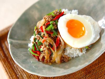 ワンボウルで楽チン!和洋中の簡単丼レシピ