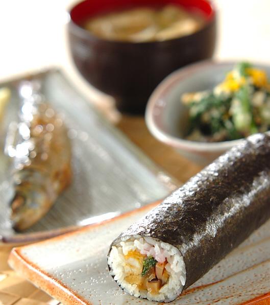 巻き寿司(恵方巻き)の献立