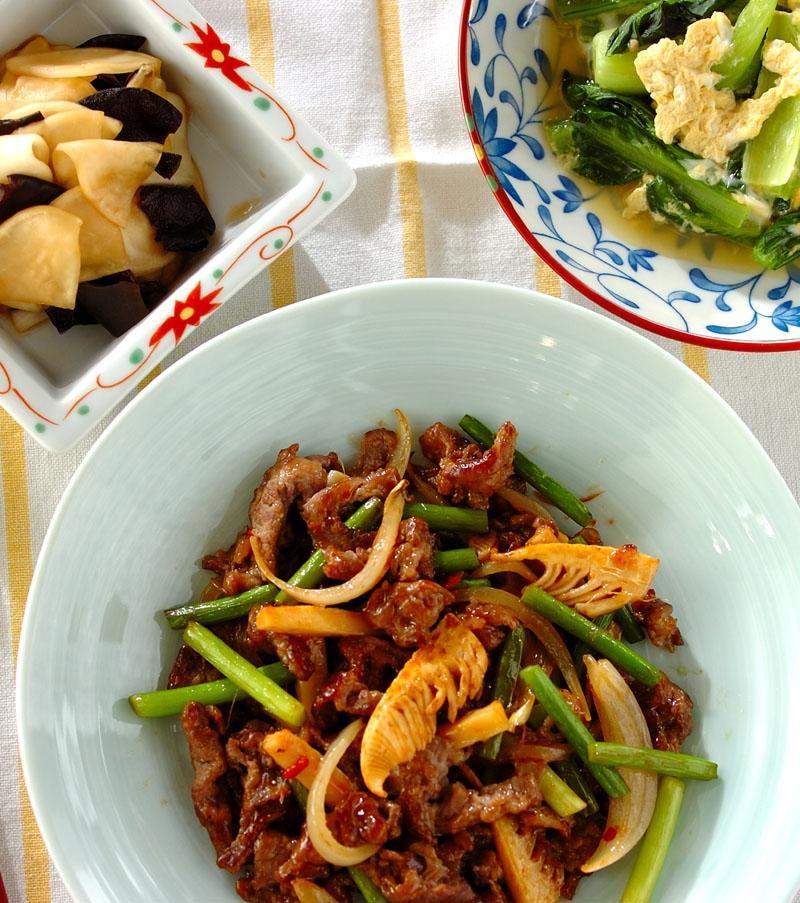 ご飯がすすむ!牛肉とニンニクの芽のオイスター炒めの献立