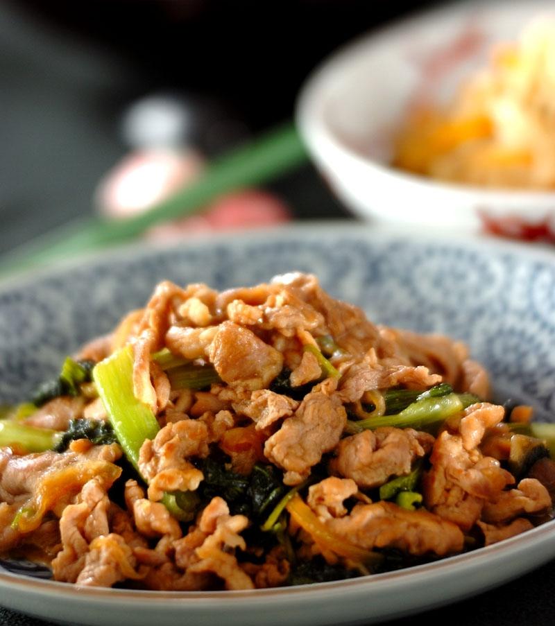 豚肉と小松菜のショウガ焼きの献立