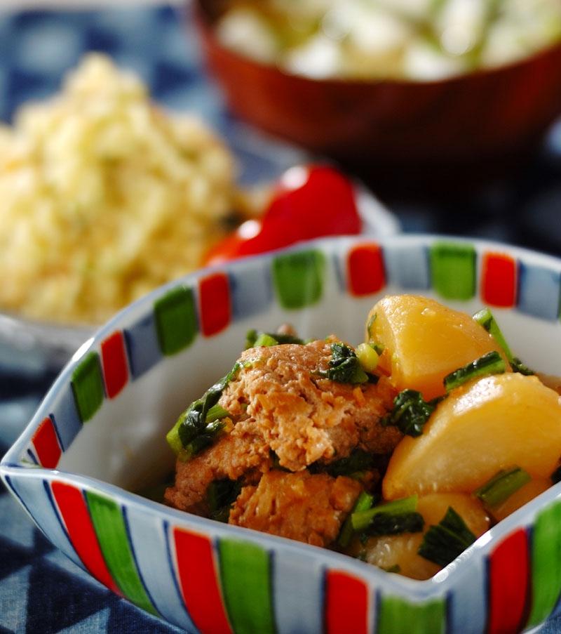 カブと鶏団子風煮物の献立
