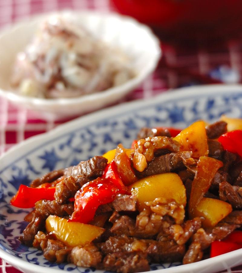 牛肉とパプリカのしょうゆ炒めの献立