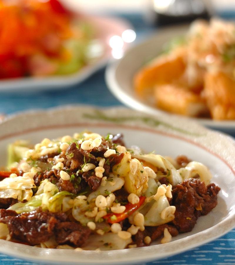 牛肉と野菜のソース炒めの献立