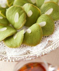 抹茶のチュイルの作り方の手順