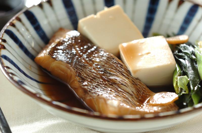 鯛と豆腐の煮付け【E・レシピ】料理のプロが作る簡単レシピ