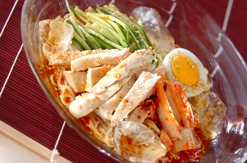 レンジ蒸し鶏冷麺