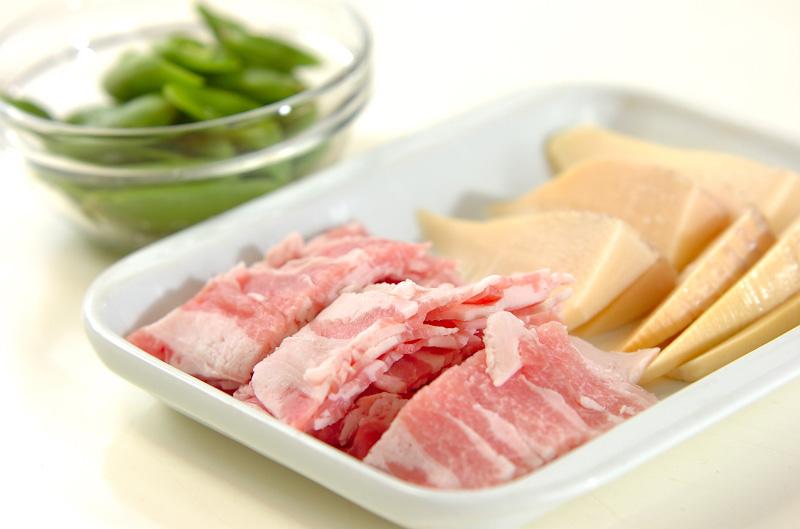 タケノコと豚の甘辛炒めの作り方の手順1