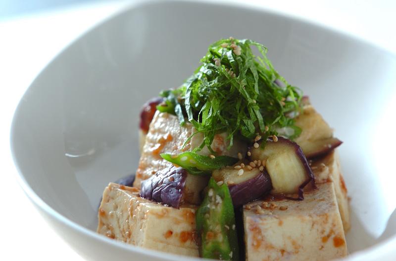 蒸し野菜の梅ダレ豆腐サラダ