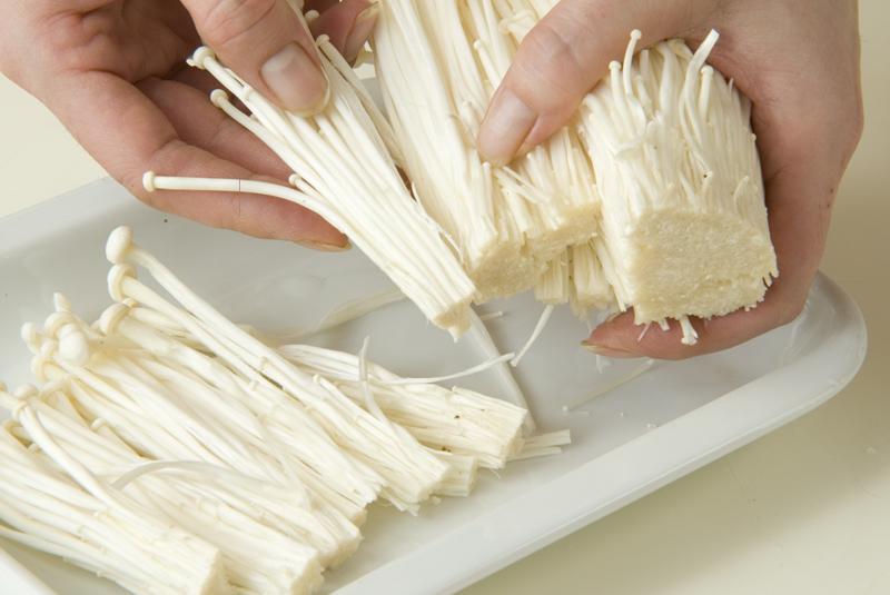 エノキのバターソテーの作り方1