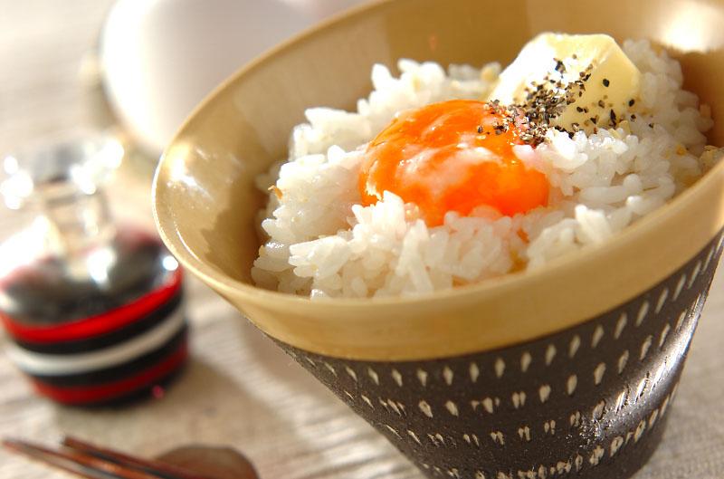 ショウガバター塩麹卵かけご飯