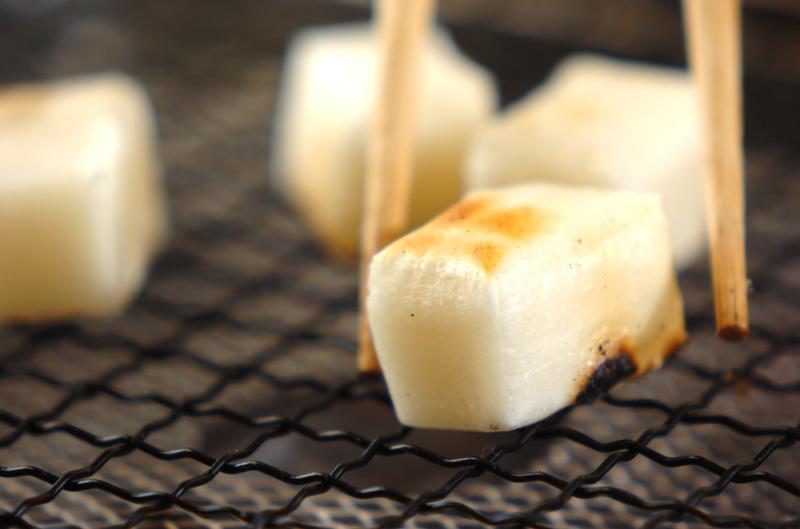 焼き餅のトロトロ白みそ汁の作り方の手順1