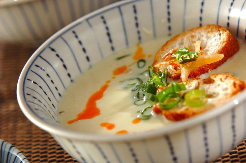 5分でできる!台湾風豆乳スープ 鹹豆漿(シェントウジャン)