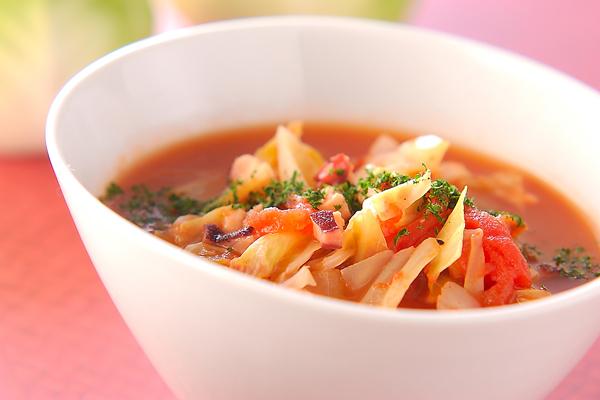 タコのトマトスープ