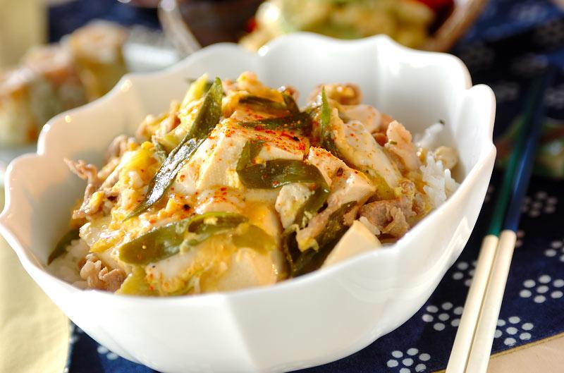 みそ煮豆腐の卵とじ丼の作り方の手順