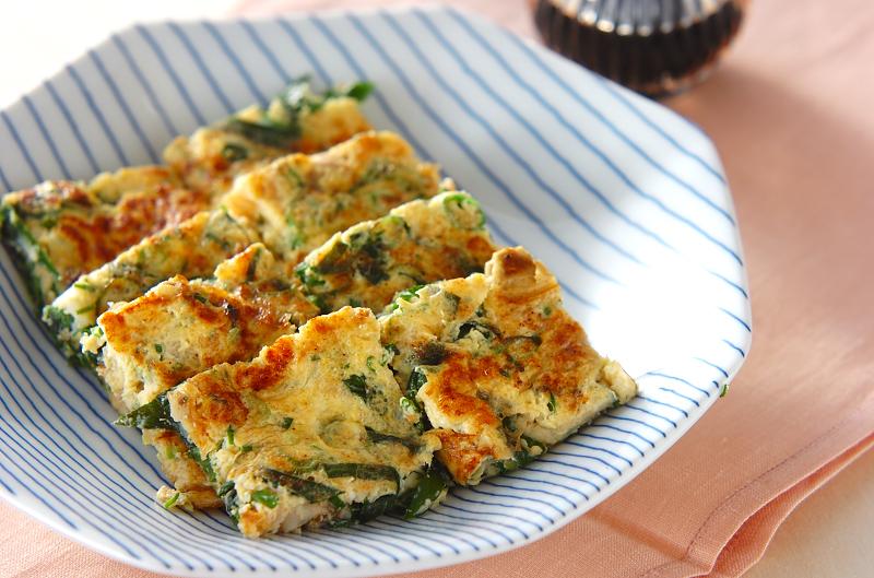 ニラが入った卵焼き。定番メニューの新味レシピ見つけちゃう?