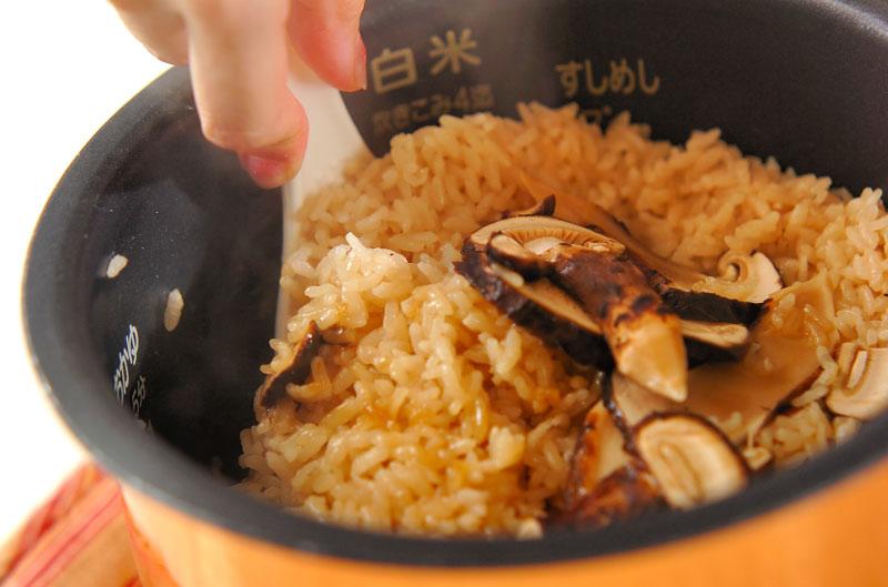 ぜいたくに!松茸のみの松茸ご飯の作り方の手順5