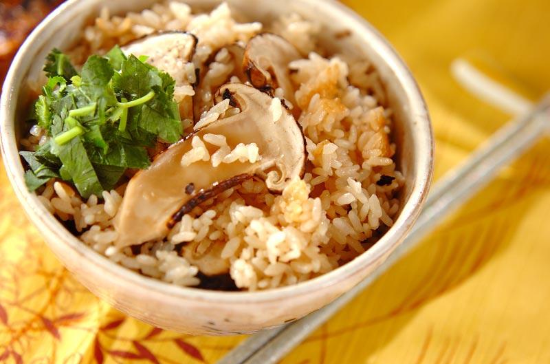 ぜいたくに!松茸のみの松茸ご飯の作り方の手順