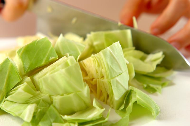 キャベツのサラダの下準備1