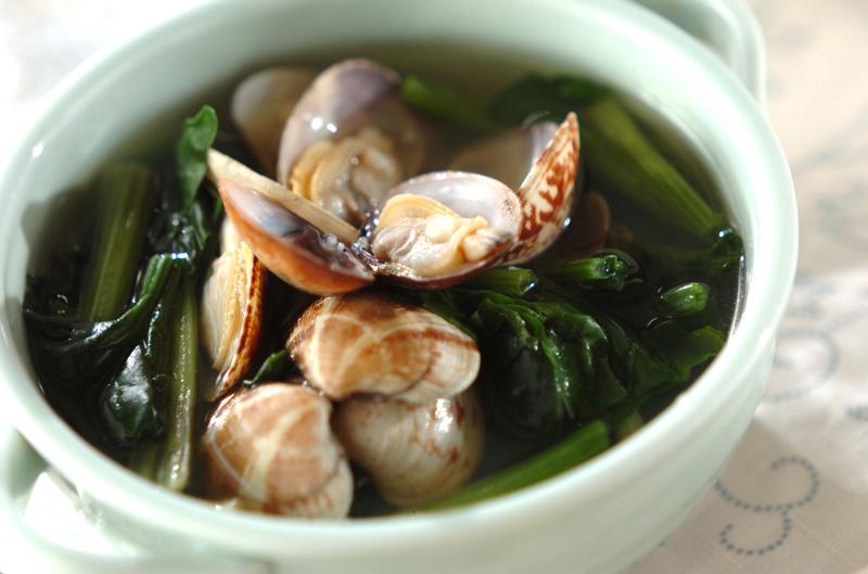 アサリとホウレン草のスープの作り方の手順