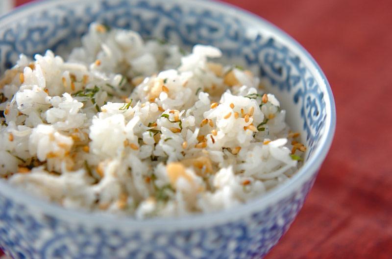 しらすゴマ混ぜご飯の作り方の手順