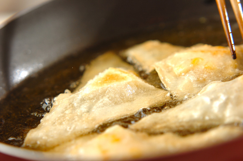 コーンとチーズの春巻きの作り方の手順7