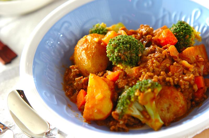 新ジャガのカレー煮【E・レシピ】料理のプロが作る簡単レシピ/2013.04.29公開のレシピです。