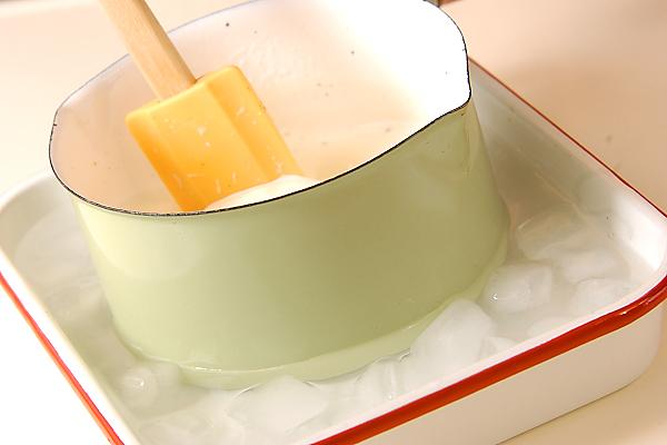 イチゴのふるふるババロアの作り方の手順3