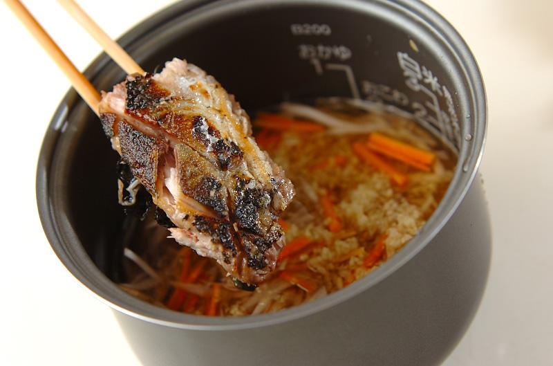 サンマの炊き込みご飯の作り方の手順4