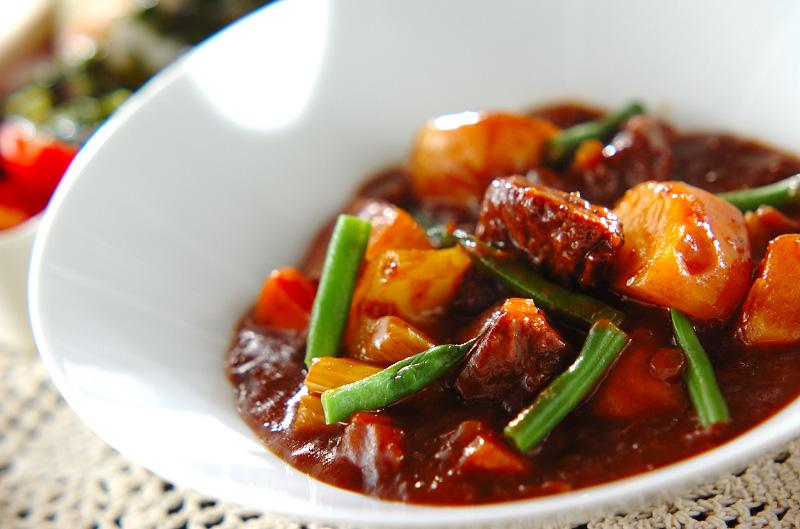ビーフシチュー【E・レシピ】料理のプロが作る簡単レシピ/2013.12.02公開のレシピです。