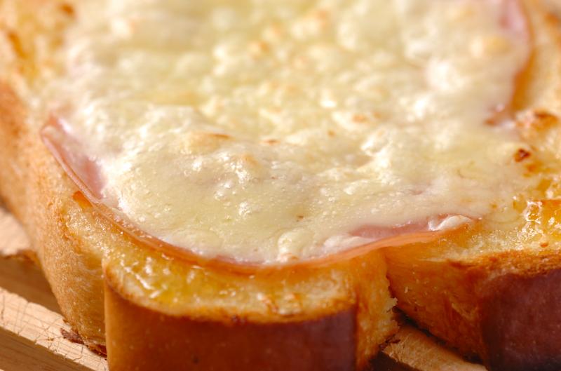 ハムとジャムのトーストの作り方の手順3
