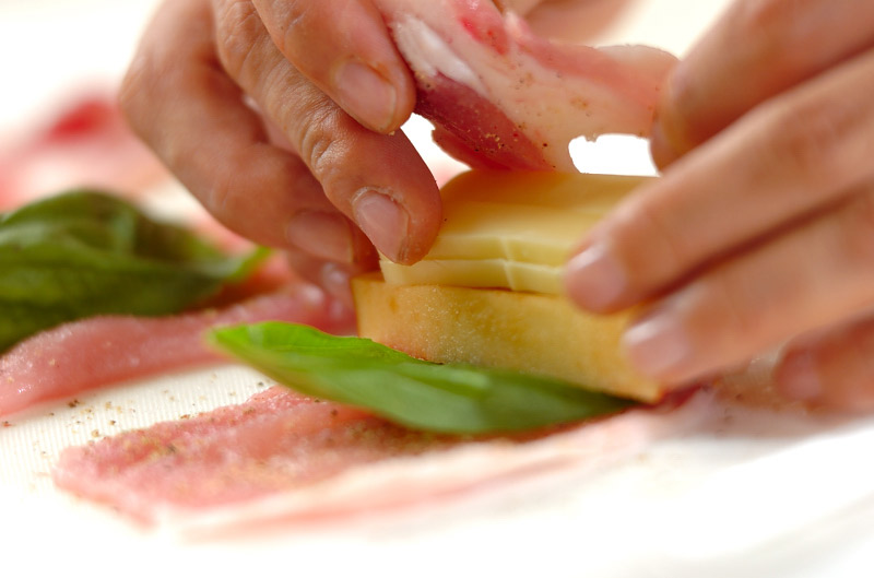 リンゴのロールカツの作り方の手順7