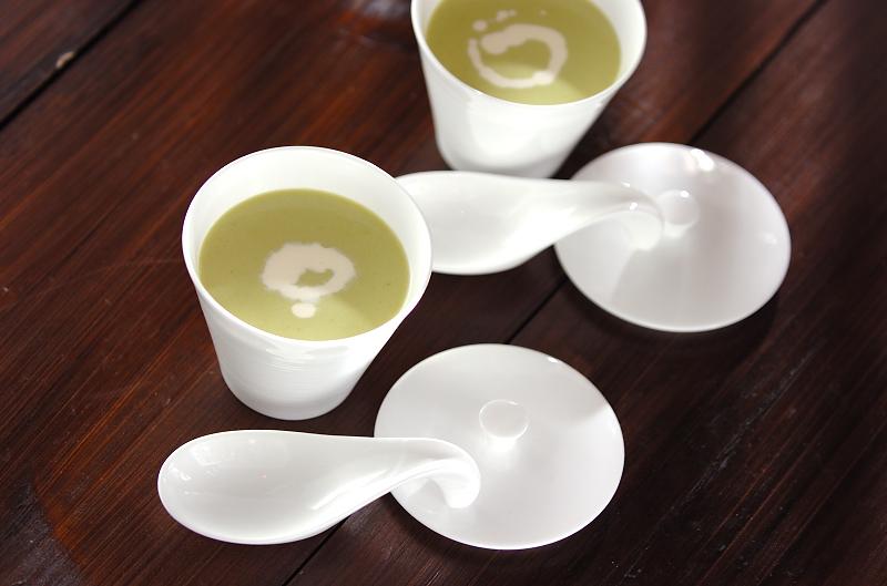 春色のポタージュスープの作り方の手順