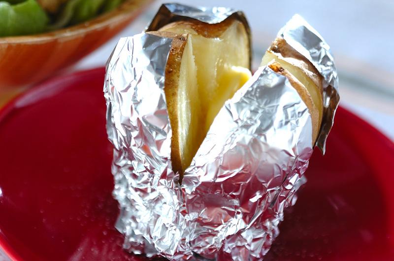熱々バターポテト