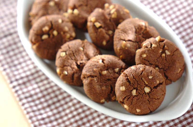 アーモンドココアクッキーの作り方の手順