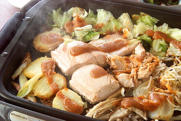 ホットプレートで!たっぷり野菜と鮭のチャンチャン焼きの作り方の手順