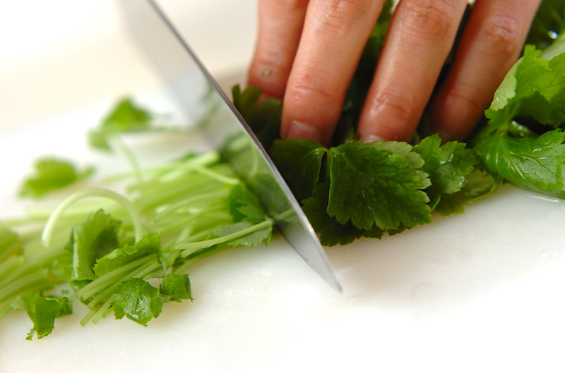 もずくの梅スープの作り方の手順1