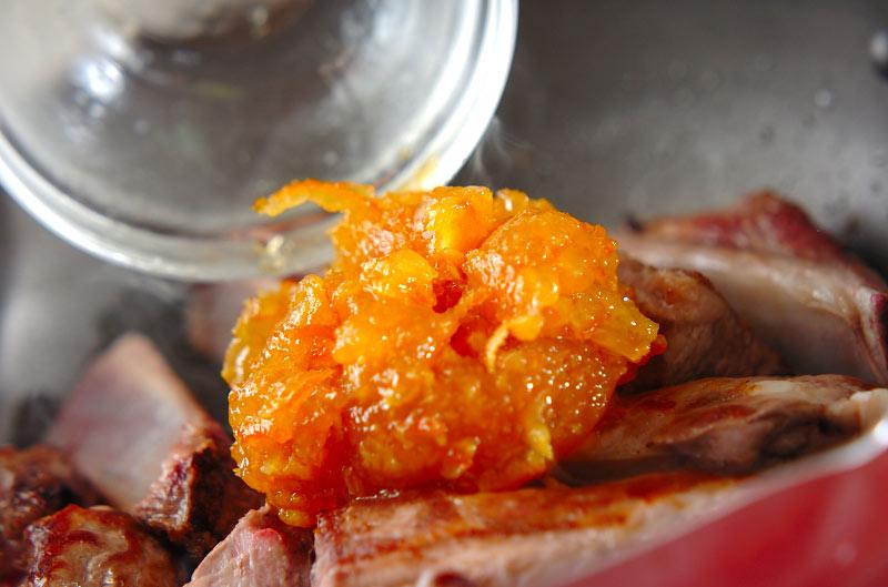 スペアリブのママレード煮の作り方の手順5