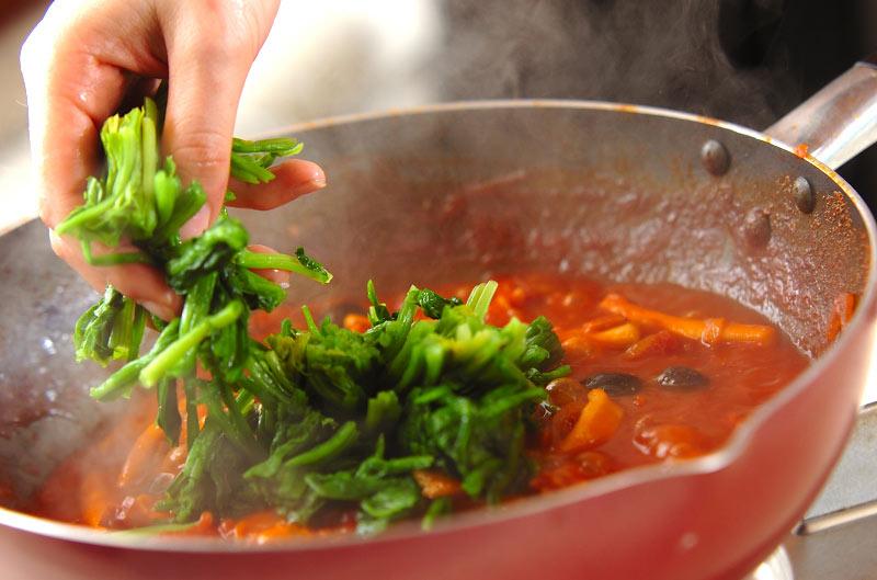 イカと野菜のトマト煮込みの作り方の手順8