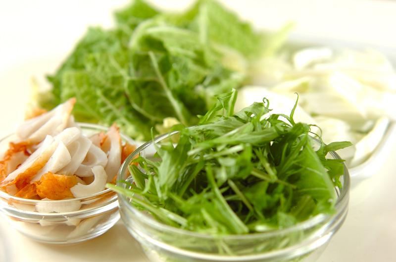 ちくわと白菜の煮物の作り方1