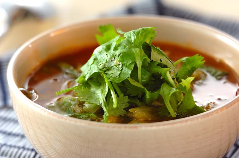 レタスとホタテの少し辛いみそスープ