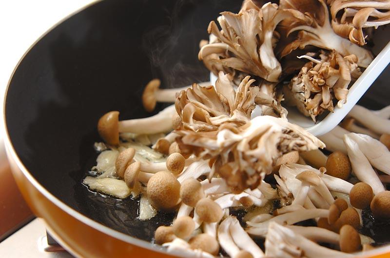 キノコの和風おろしパスタの作り方2