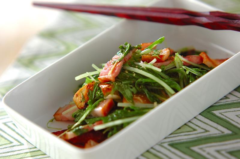 水菜とベーコンのシンプル炒め
