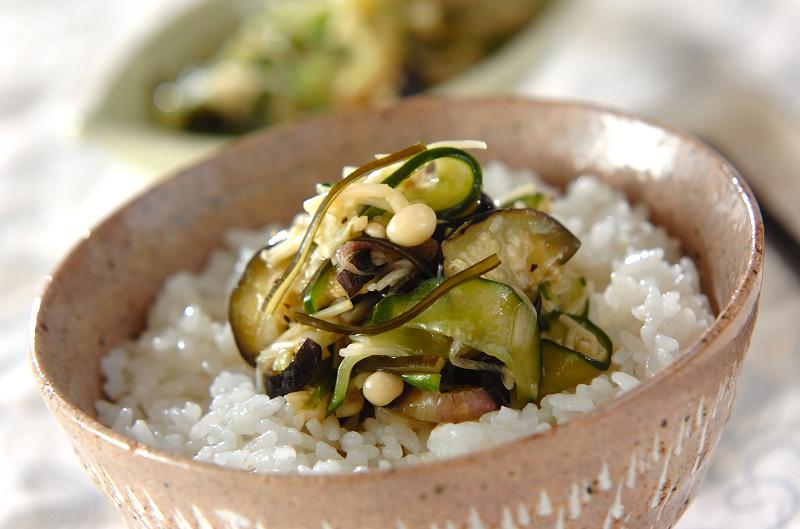 香味野菜のオリーブ油和え