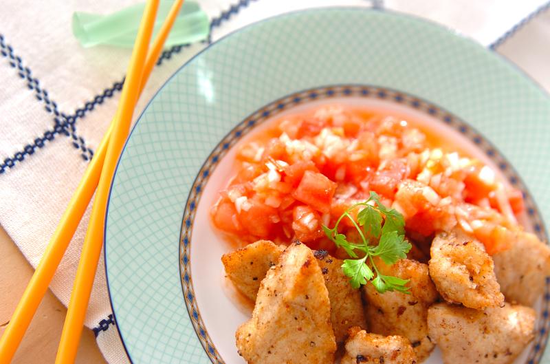 鶏の唐揚げサルサソースの作り方の手順